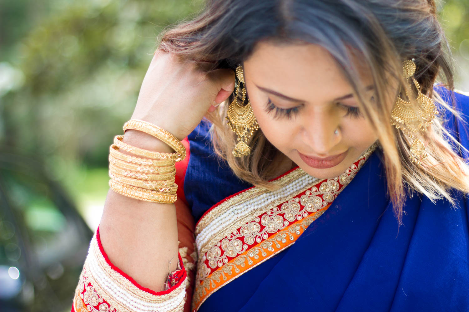 Plus Size Fashion: Tips on Wearing a Saree